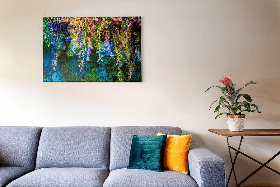 Klantfoto: Blauweregen * geinspireerd op een schilderij van Claude Monet van Paula van den Akker, op canvas