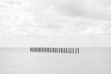Eenvoud van palen in de zee