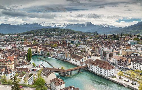 Luzern skyline van