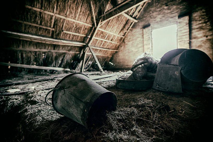 Old Farm #6 van Cristel Brouwer