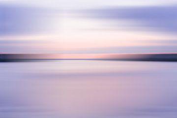 Violetter Sonnenuntergang bei Scheveningen von MICHEL WETTSTEIN