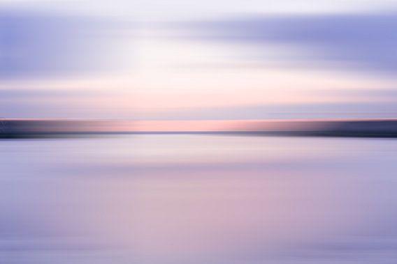 Paarse zonsondergang bij Scheveningen