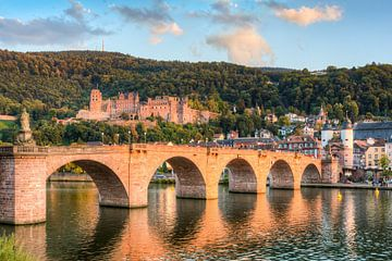 Le vieux pont et le château de Heidelberg sur Michael Valjak