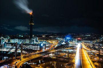 Wiener Industrie bei Nacht von Twan Thimister
