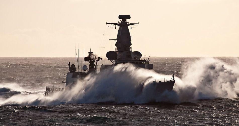 Fregat in de golven - part III