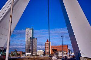Erasmusbrug en Kopvan Zuid, Rotterdam. van George Ino