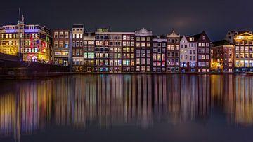 Damrak Reflectie Amsterdam sur Michael van der Burg