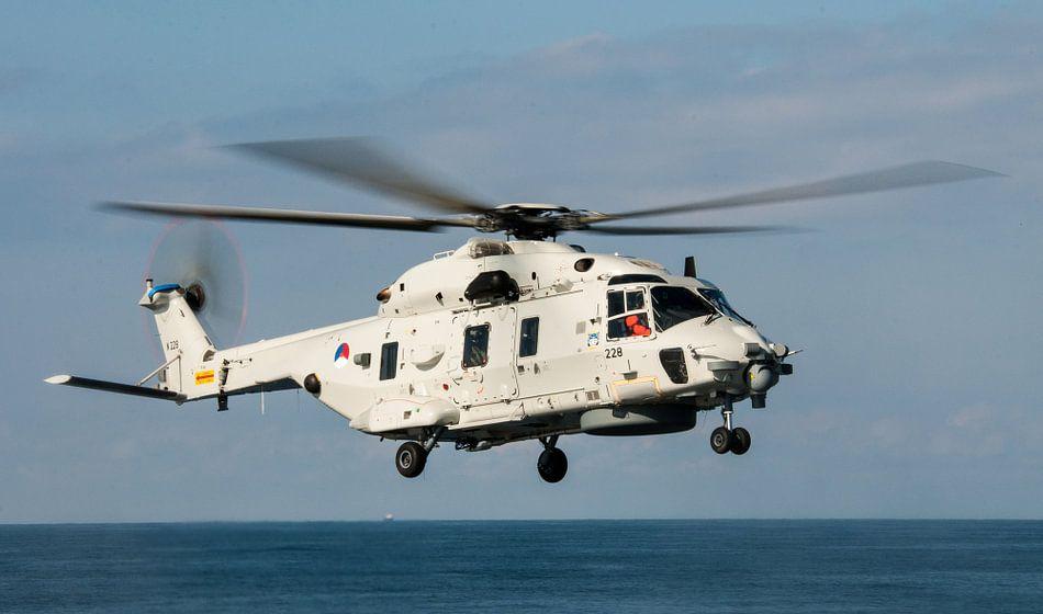 NH-90 Wheels out van Alex Hiemstra