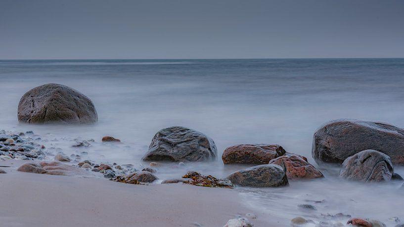 Silent Stones van Desirée Couwenberg