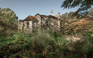 Vieux monastère en ruines sur Olivier Van Cauwelaert