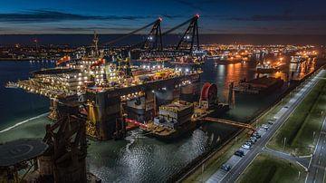 Thialf Crane schip (Vessel)