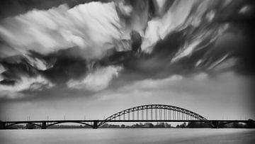 Waalbrug Nijmegen von Lex Schulte