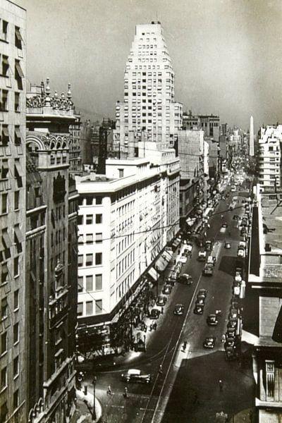 Avenida Corrientes van Liesbeth Govers voor omdewest.com