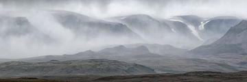Panorama van IJslandse Bergen van Sander Grefte