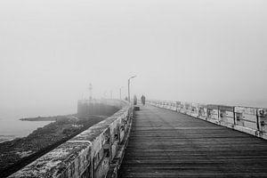 Belgie - Nieuwpoort - een mistige dag bij de pier