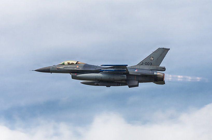 F16 straaljager van Mark Bolijn