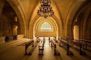 Lege kerkbanken sur Kayo de Visser
