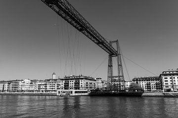 Die legendäre Vizcaya-Hängebrücke in Portugalete (Bilbao) von Ramon Van Gelder