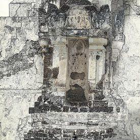 Kleine boeddha voor de tempel van Rietje Bulthuis