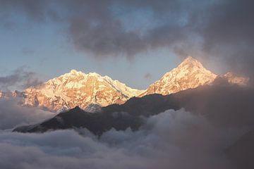 Sonne bricht durch die Wolken in Annapurna | Nepal von Photolovers reisfotografie