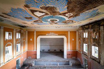 Verlassenes Kulturhaus. von Roman Robroek