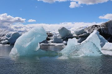 Jökulsárlón gletsjermeer IJsland von Martin van den Berg Mandy Steehouwer