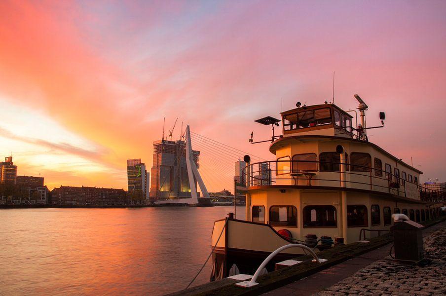 Zonsopkomst in vuur en vlam van Prachtig Rotterdam