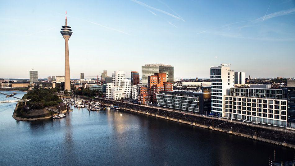 Düsseldorf  Medienhafen van Ansho Bijlmakers