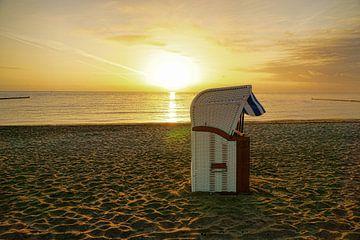Sunrise at the Baltic Sea van