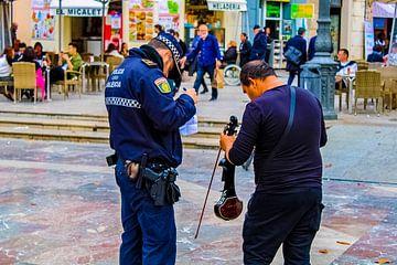 Un musicien de rue arrêté à Valence sur