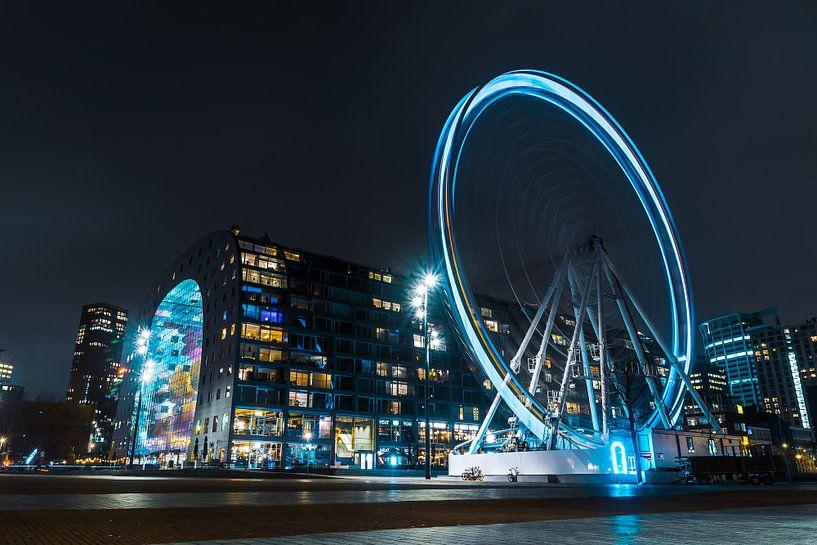 Skywheel Rotterdam und Markthalle von Paul Poot