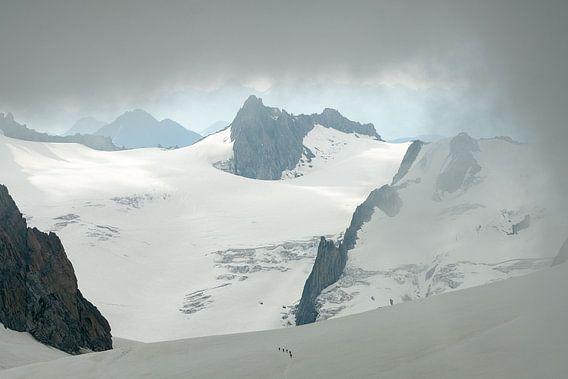Bergbeklimmers in de Vallee Blanche