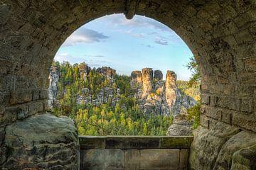 Unter der Basteibrücke in der Sächsischen Schweiz von Michael Valjak