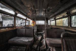 Alt, aber noch vergessen, das Innere eines Busses