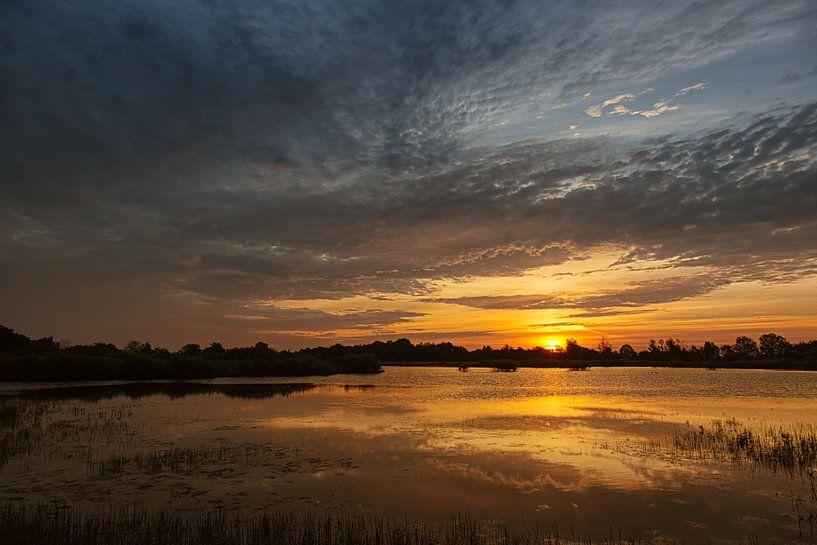 Couleurs du lever du soleil sur Anneke Hooijer