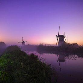 De molens van Kinderdijk bij nacht van Dirk van Egmond