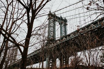 Manhattan bridge in de herfst | New York City, Amerkia van Trix Leeflang