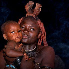 Moeder en kind van Loulou Beavers