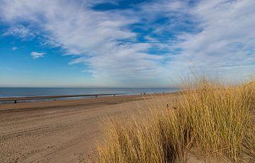 On the beach... van Bert - Photostreamkatwijk