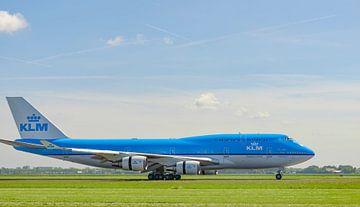 KLM Boeing 747 vliegtuig landt op Schiphol van Sjoerd van der Wal