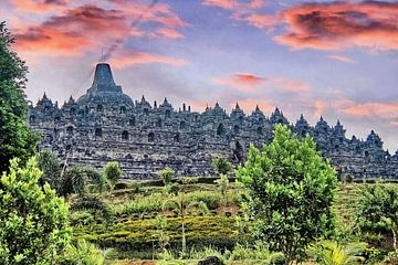 Borobudur bei Sonnenuntergang von Eduard Lamping