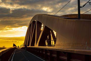 zonsondergang Hanzeboog van Jan Willem Oldenbeuving