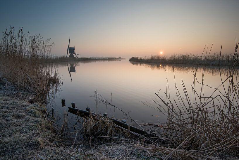 Koude wintermorgen van Raoul Baart