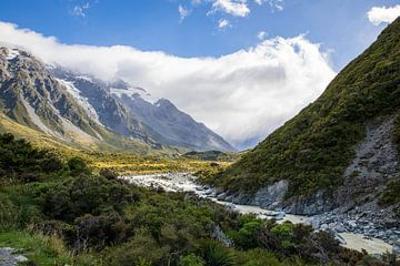 Berge in der Nähe von Mount Cook von Marcel Saarloos