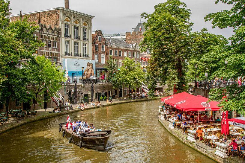 Grachtentocht in Utrecht van John Kreukniet