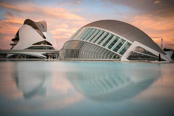 Floating City van Scott McQuaide
