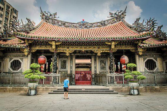 Entree van de Mengjia Longshan Tempel, Taipei, Taiwan van Sven Wildschut