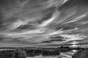 Zonsondergang bij Akkrum van Ron van Ewijk