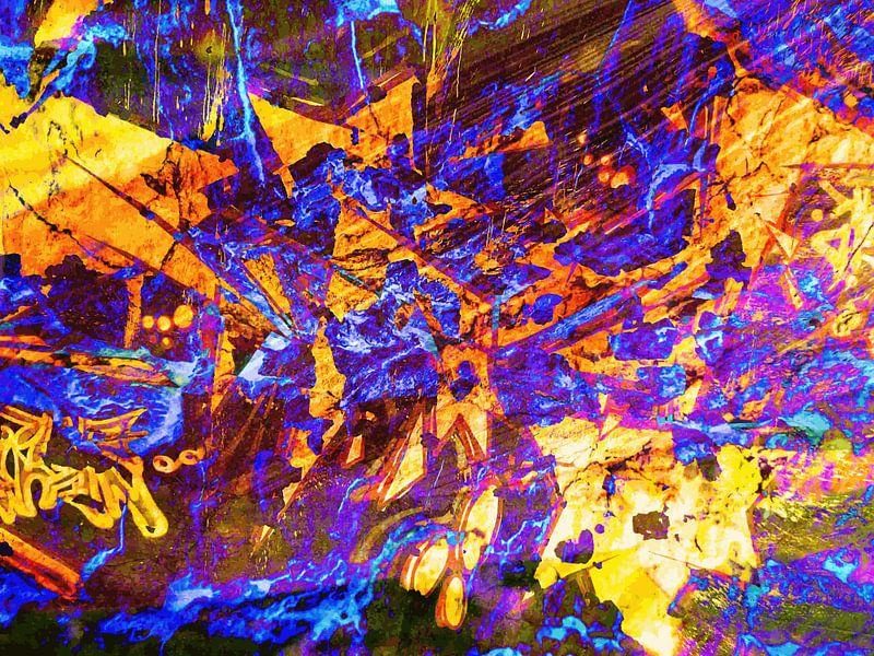 Modern, Abstract Digitaal Kunstwerk – Falling to Pieces van Art By Dominic