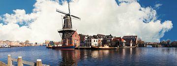 De Adriaan Haarlem aan het Spaarne van Brian Morgan